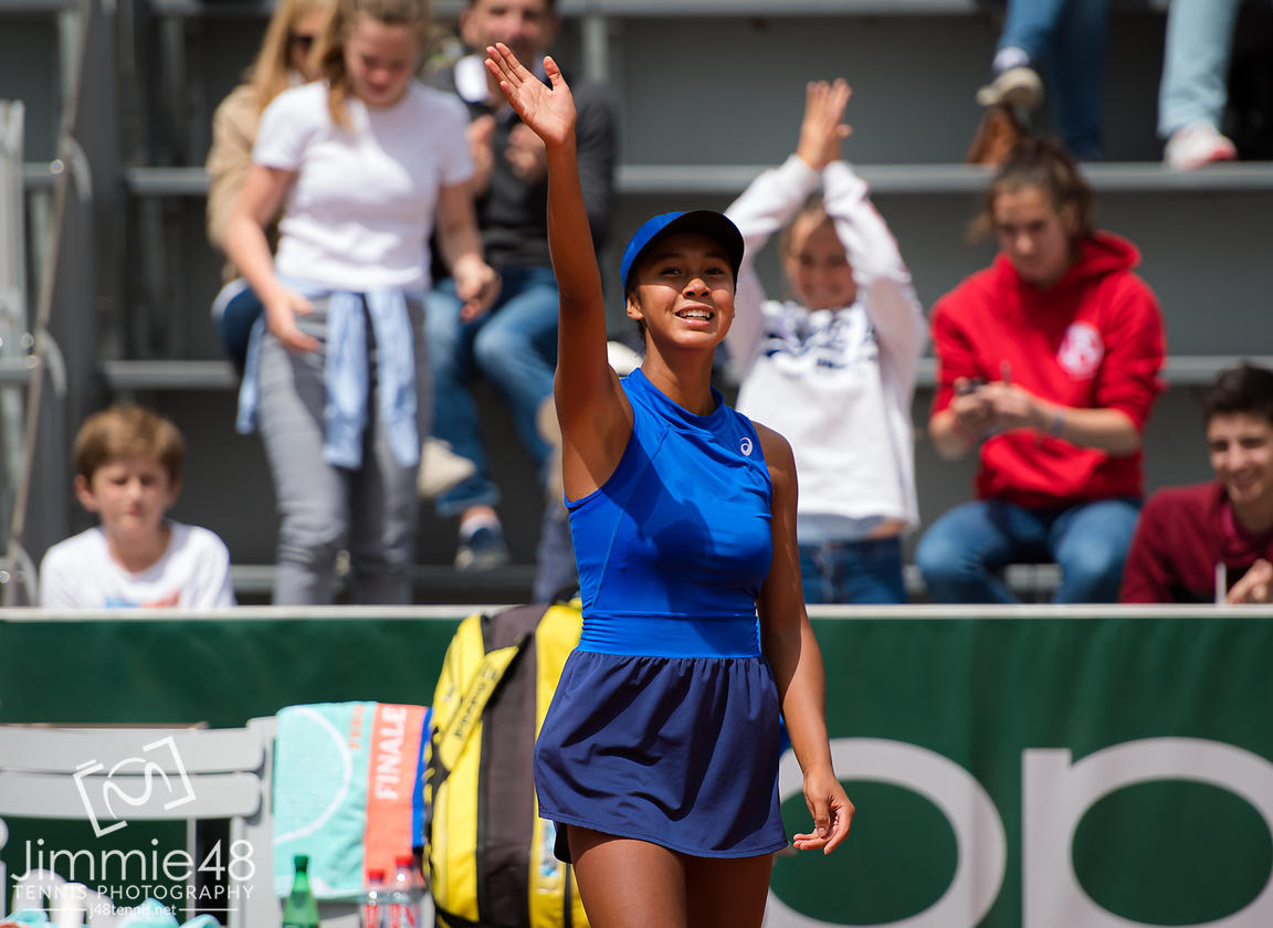 Leylah Annie Fernandez of Canada after winning the Juniors final at the 2019 Roland Garros Grand Slam tennis tournament