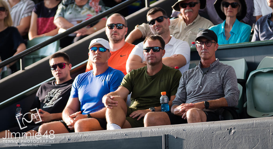 Darren Cahill watches Simona Halep during the second round at the 2020 Adelaide International WTA Premier tennis tournament